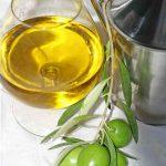 Aceite de oliva de excelente calidad, elegido por los mejores catadores de aceite de oliva virgen extra